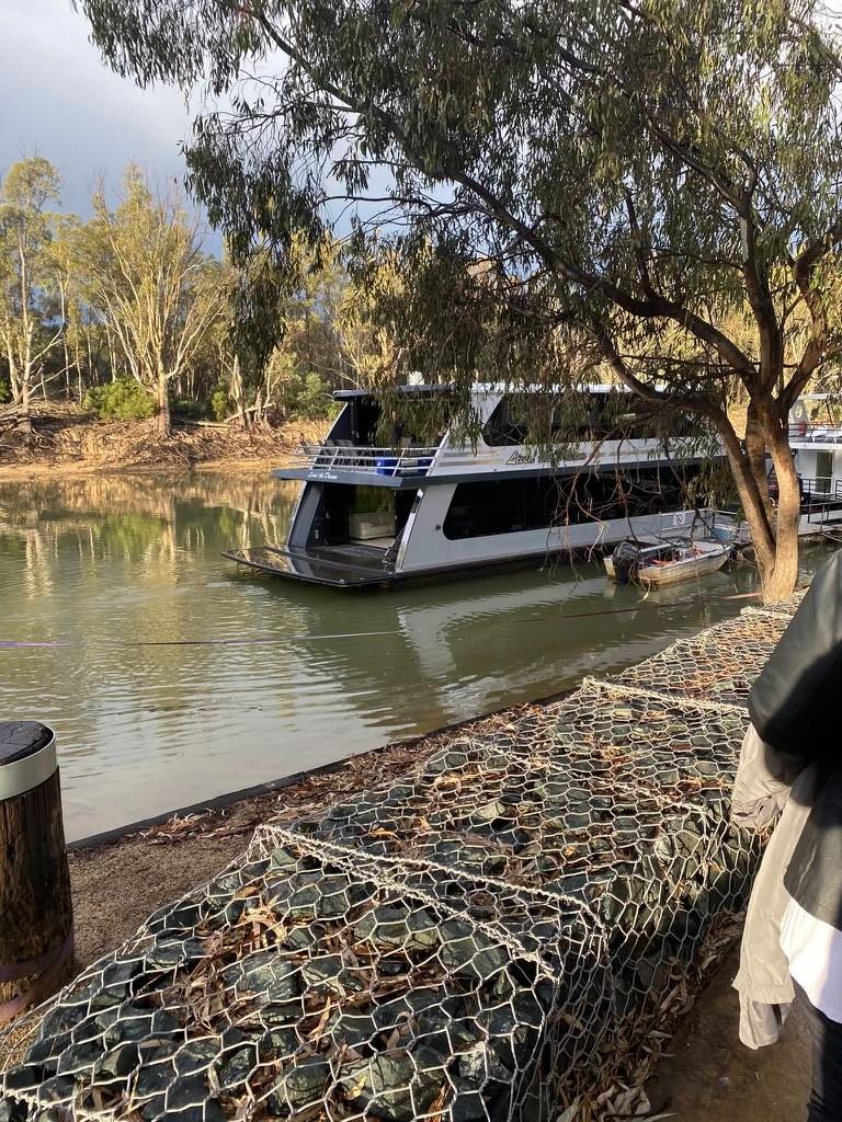Dinner on the Murray River